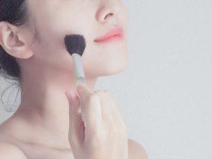 肌の色味によるカラーの選び方